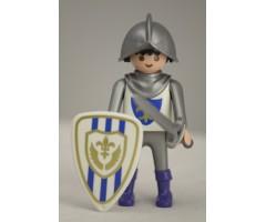 PM001033 Рыцарь со щитом