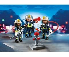 Команда пожарников