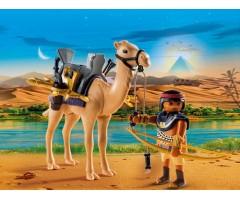 PM5389 Египетский воин с верблюдом