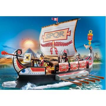 Корабль Римских воинов