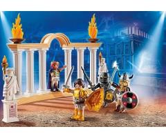 Император Максимум в Колизее