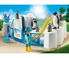 PM9062 Пингвины в бассейне