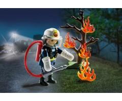 Пожарник с деревом