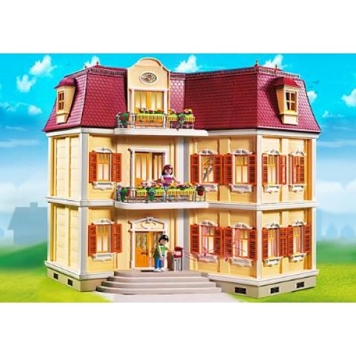 Кукольный дом и его мебель