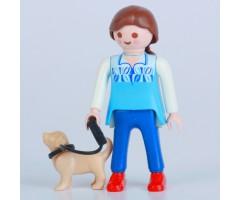 PM001039 Девочка со щенком
