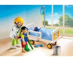PM6661 Доктор с ребенком